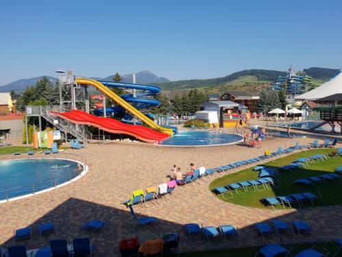 Apartmán Aquapark - Hotel Bešeňová - výhled z balkonu